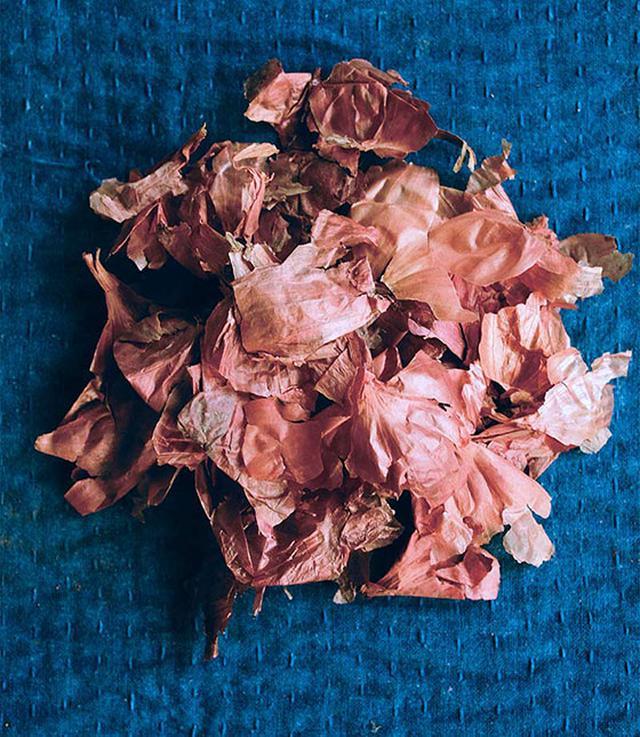 画像: 玉ねぎの皮