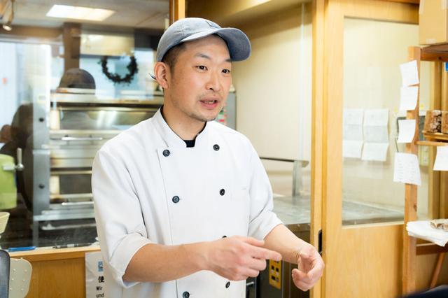 画像: 清水さんは農獣医学部出身。もともと食品に興味があり、学生時代にパン屋さんでアルバイトをしたことで、パンづくりの面白さに気づいたのだそう