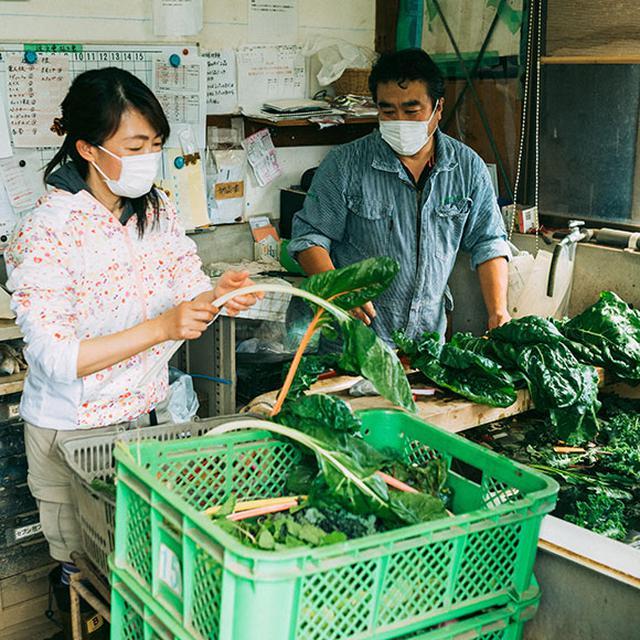 画像: 埼玉県草加市で都市農業を営む「チャヴィペルト」の中川拓郎さんと