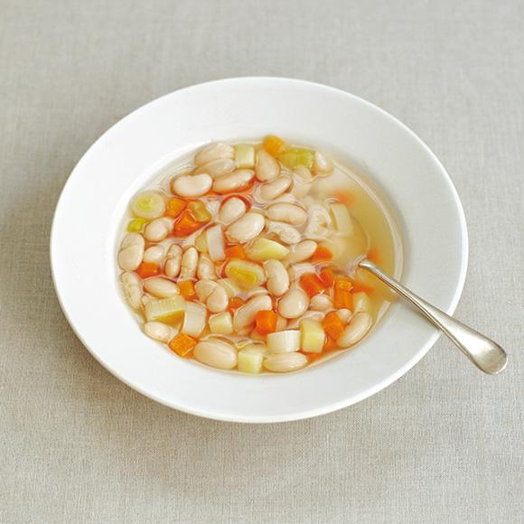 画像: 白いんげんと春野菜のスープのつくり方