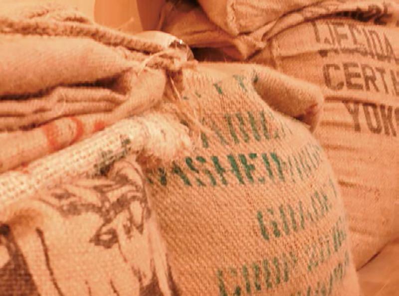 画像: 麻製のコーヒー豆袋