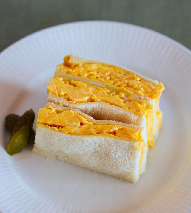 画像: オムレツサンドイッチのつくり方