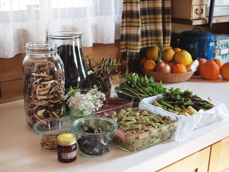 画像: <山>の恵みでつくる保存食