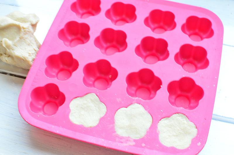 画像5: いよいよカモミールミルクの石けんづくり!