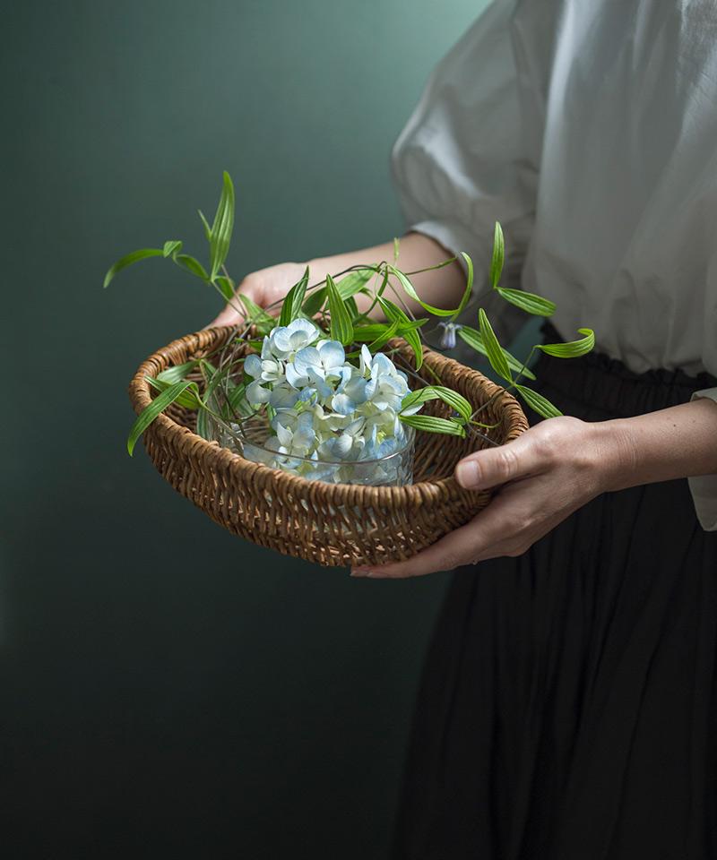 画像: 季節の花、アジサイをバランスよくいける