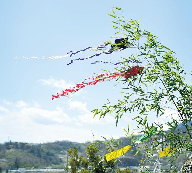 """画像: 風になびく""""七夕さん""""。裾が長いのが特徴"""
