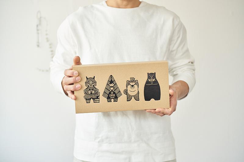 画像1: アイスコーヒーミニ4本セ ット専用BOX入り 3,300円(税込)