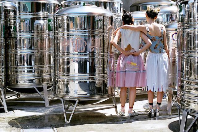 画像1: 給水タンクの工場