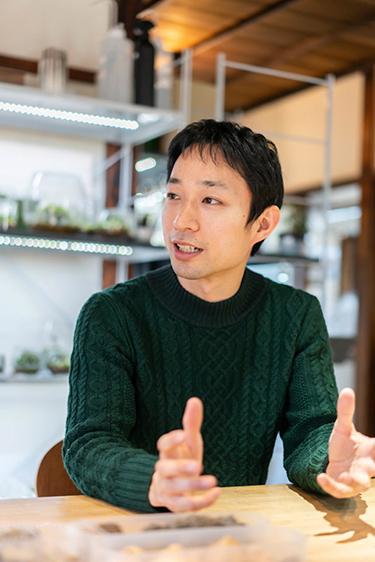 画像: 「苔むすび」代表の園田純寛さん