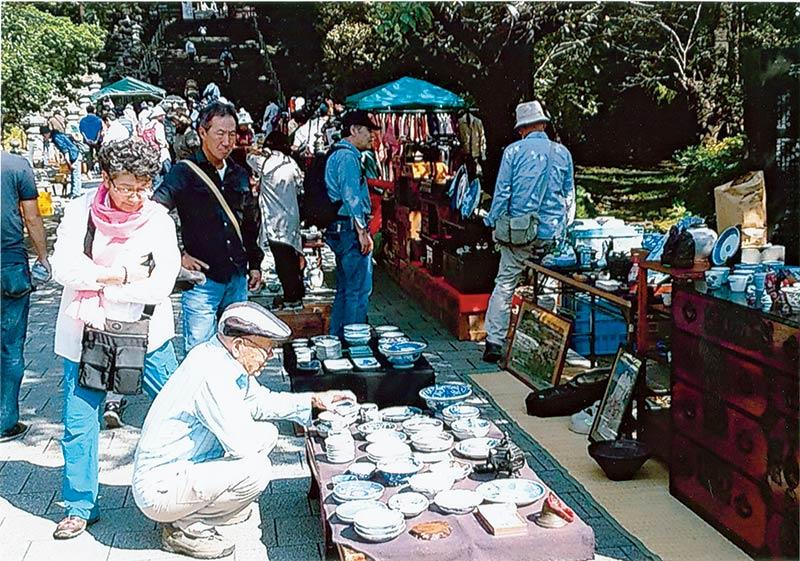 画像: 【宮城】仙台東照宮 昭和59年から続く「仙台古民具骨董青空市」