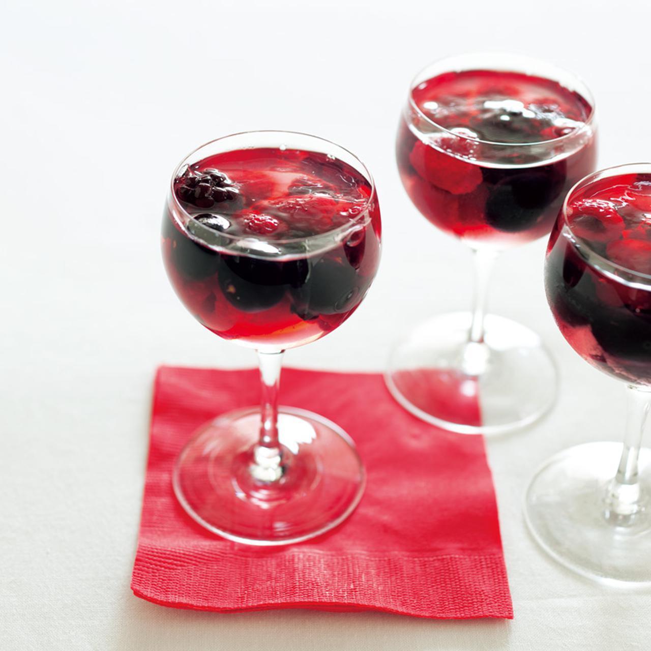 画像: ベリーゼリー|グラスでつくるゼリーとプリン/飯塚有紀子さん