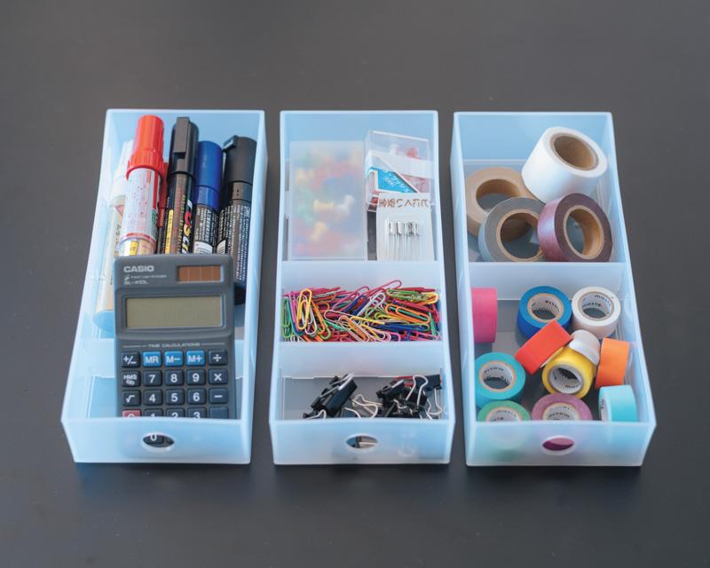 画像: 文房具は手前からよく使う順に収納