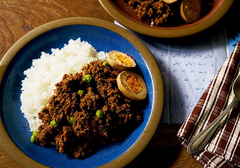 画像: CURRY with TOMATO PASTE 合いびき肉とグリーンピースのドライカレーのつくり方