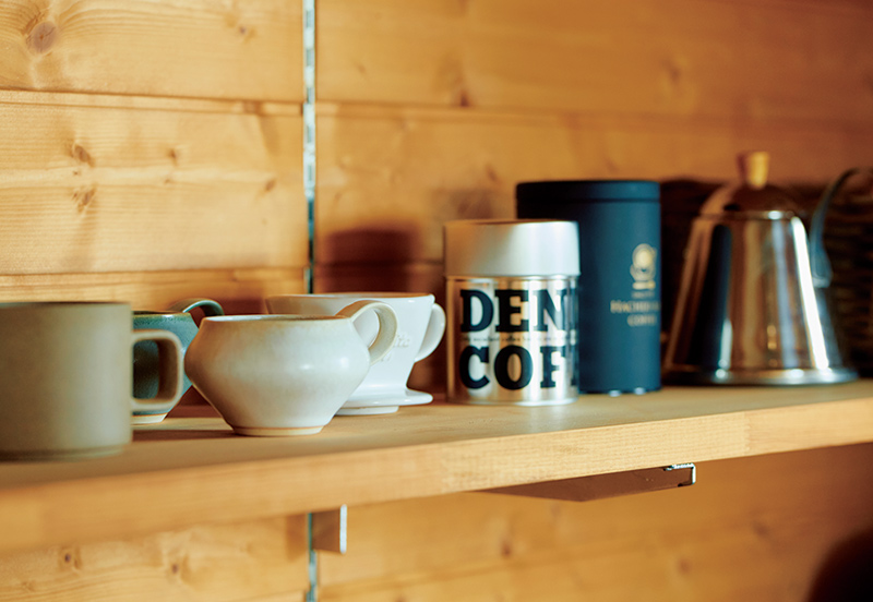 画像: 夫婦でコーヒー好き。福島県猪苗代のDEN DEN COFFEEなどで豆を買っている