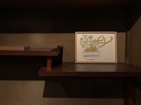 画像: ダイモンナオさんが好んで描く植物。町家のあちこちに