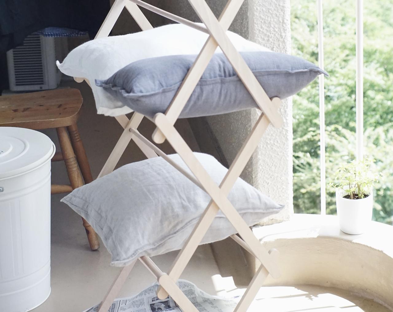 画像: 日の当たる場所に移動して、枕やクッションを干すときも活躍