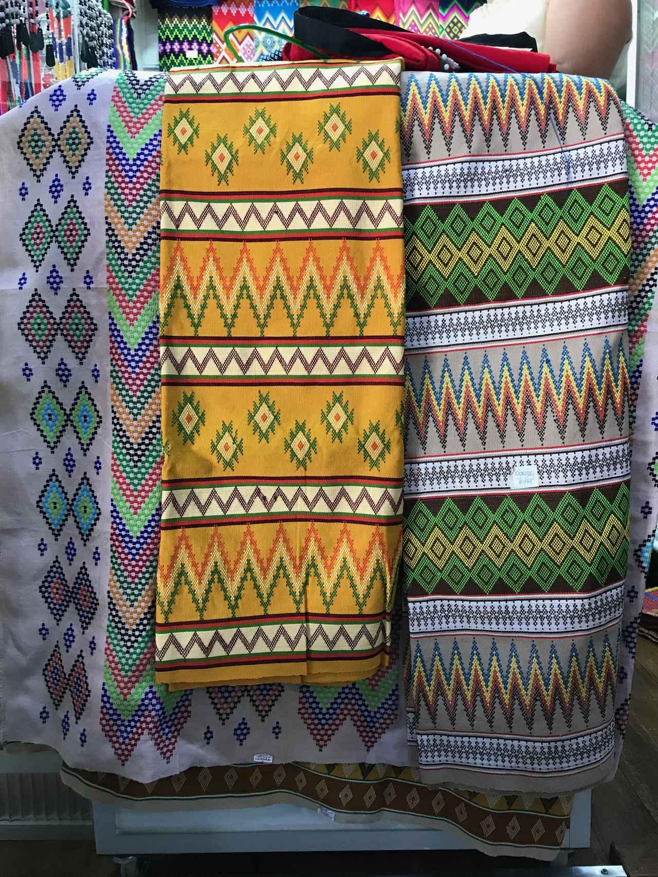 画像2: ミャンマーの暮らしを支える、女性たち「美しい手織りの布に魅せられて」/モリンガ・今野まやの「アジアの手仕事」