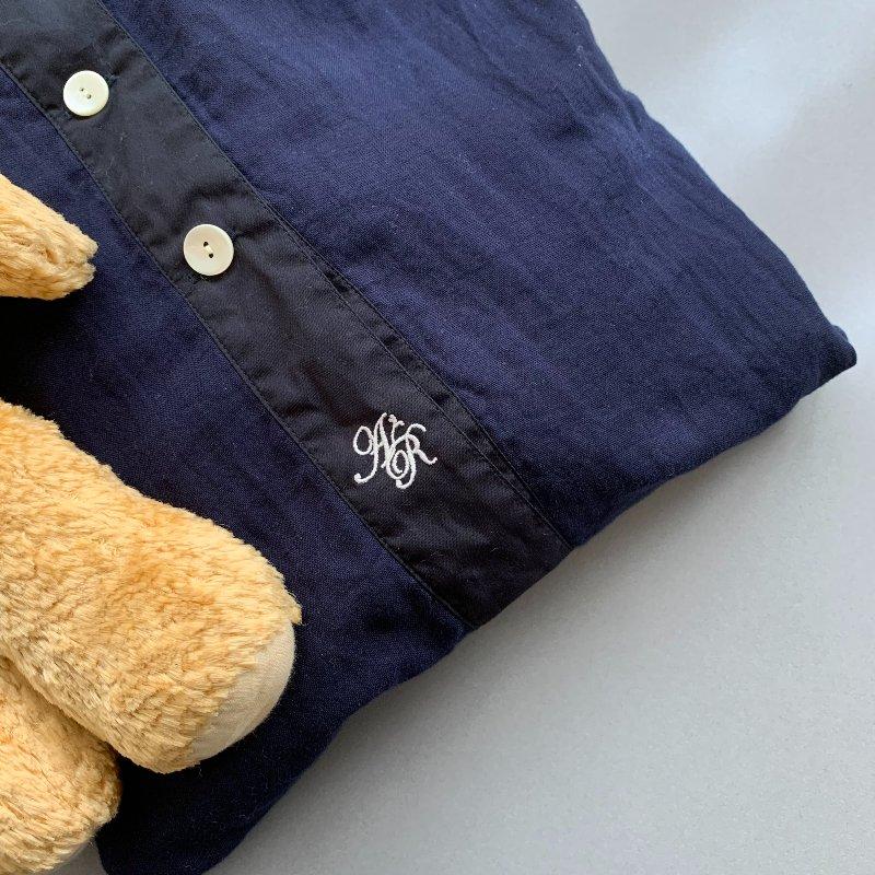 画像: 「pageaérée」(パージュアエレ)のパジャマ。パリでデザインされ、生産は日本で。日本の生地を使用し、 日本国内の工場でていねいにつくられている。刺しゅうもフランスのアンティークのパジャマのようで好き