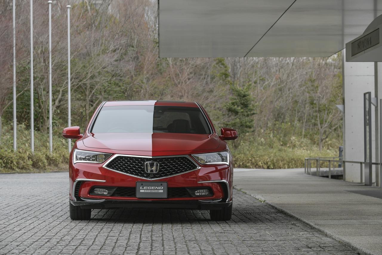 画像2: 4WDシステムは路面状況や走行状況に応じて四輪駆動/前輪駆動/後輪駆動をシームレスに切り替える。