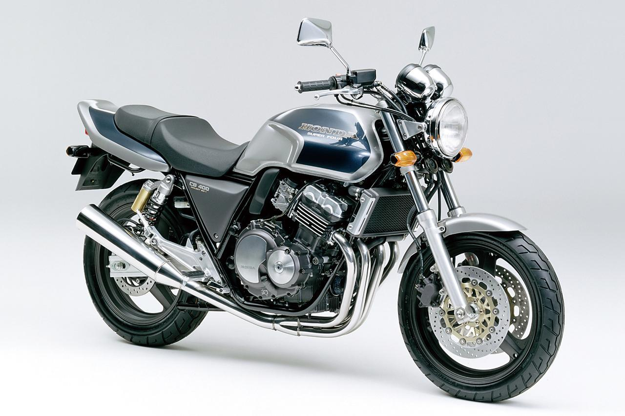 画像: CB400SUPERFOUR(1992) プロジェクトBIG-1コンセプトに基づき、CB1000SFの弟分として登場したミドルネイキッド。エンジンと車体の絶妙なバランスにより、バイクをコントロールする楽しさを存分に味わえるマシンとしてベストセラーとなる。