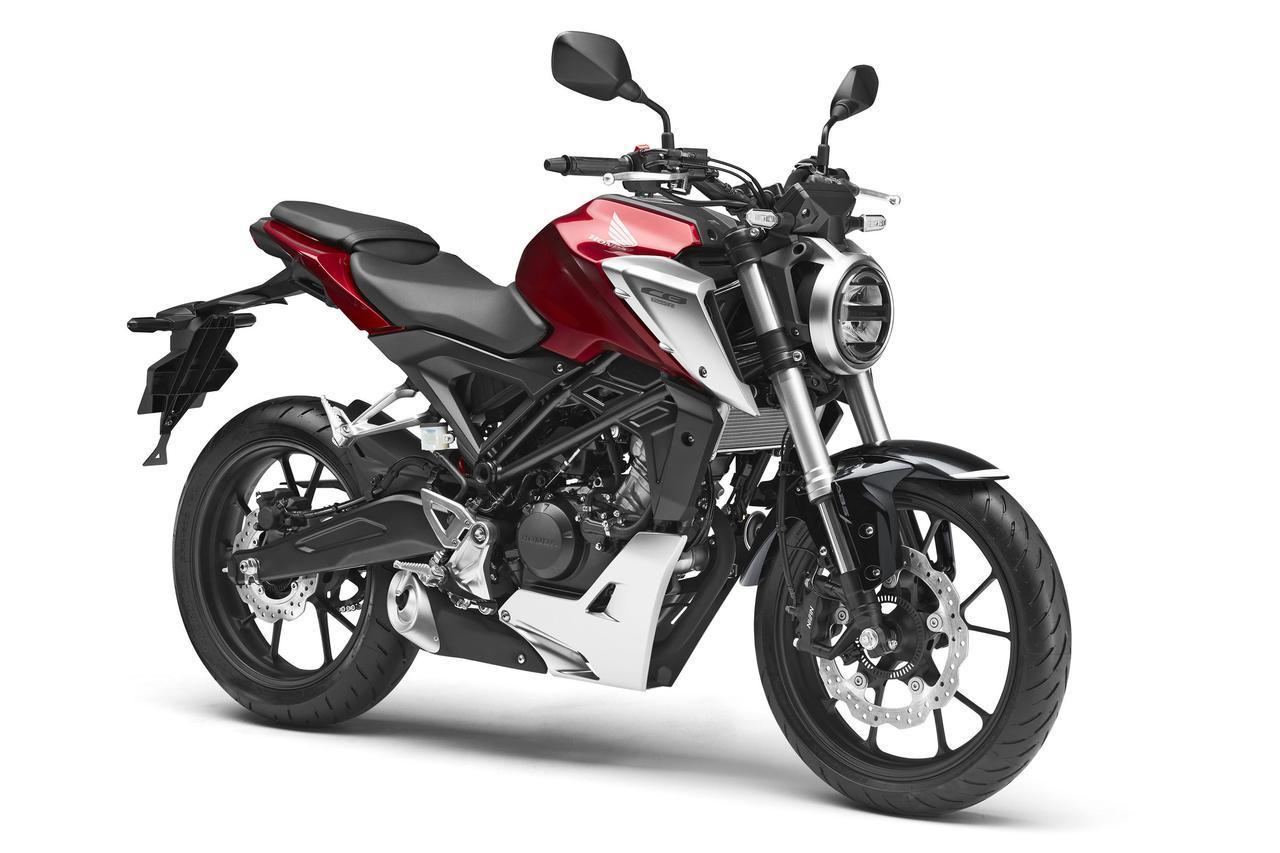 画像: CB125R(2018) バイク本来の乗る楽しさをを開発コンセプトに、運動性能の最大化を目指し、上質な走りの手応えを感じる乗り味を徹底的に追求。小型ながら存在感のあるデザインと小気味の良いエンジンで気軽にコンセプトを楽しめる。