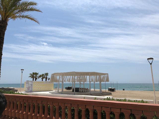 画像: 試乗の舞台となったのはスペイン バルセロナ近郊のタラゴナ。海に近いリゾート地だ。