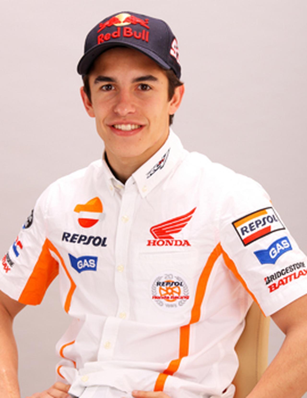 画像: イケメンオートバイレーサー、マルク・マルケスは私生活でもスポーツ万能だった! - A Little Honda
