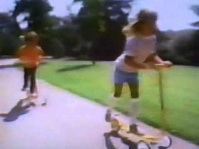 画像: 1978 Honda Kick 'n Go TV commercial youtu.be