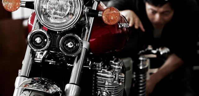"""画像: 投票してね!4台のホンダ大型バイクの中であなたの""""ハートを撃ち抜いた""""のはどれ!? - A Little Honda"""