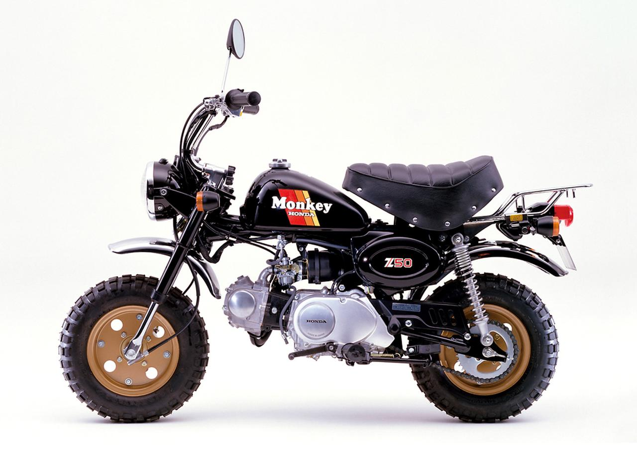 画像: 1985 Z50J ●エンジン型式:空冷4ストロークOHC単気筒●最高出力:3.1ps/7,500rpm●最大トルク:0.32㎏-m/6,000rpm●車両重量:63㎏●燃料タンク:4.5L●サスペンション(前・後):テレスコピック・スイングアーム●タイヤサイズ(前後ともに):3.50-8●価格:19万9,000円