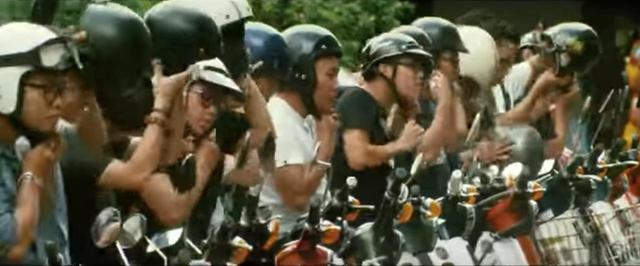 """画像: """"ジョン""""を探すため、ベトナムのスーパーカブライダーたちが出動! - A Little Honda"""