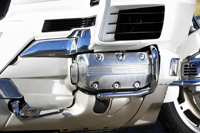画像: 自動車並みの排気量となったエンジンは、パワー・トルクともにロングツーリングでも余裕を持って楽しめる。