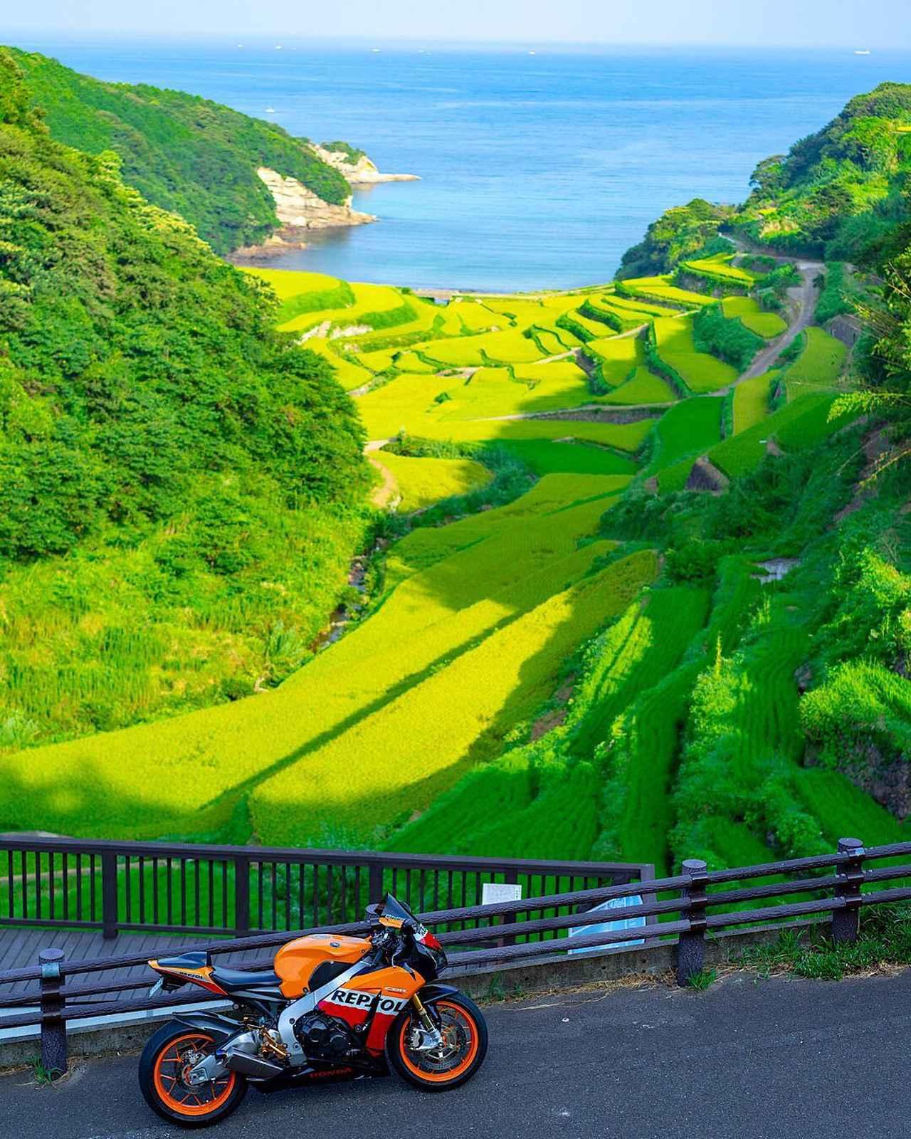 """画像1: yoshi ✨ on Instagram: """"鷹島まで朝駆♪ 早朝がだいぶ涼しくなって来ました #honda #cbr1000rr #sc59 #repsol #bike #bikelife #motorcycle #motorbike #バイク #バイクのある風景 #バイクが好きだ #alittlehonda…"""" www.instagram.com"""