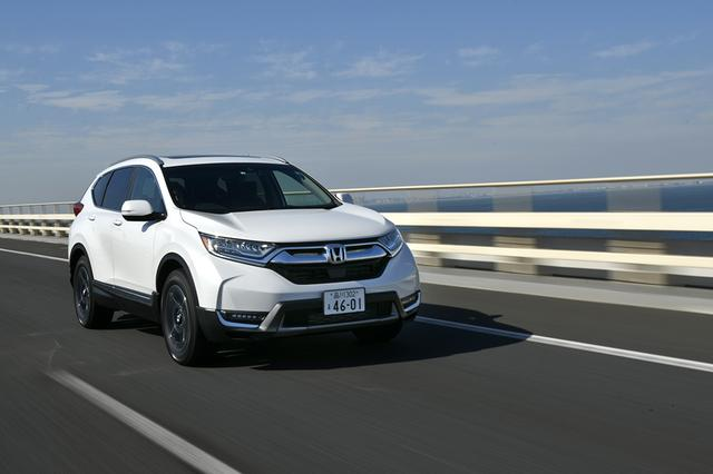 画像: 自動ブレーキや渋滞追従機能付アダプィブクルーズコントロール(ACC)も標準装備され運転支援システムも充実している。