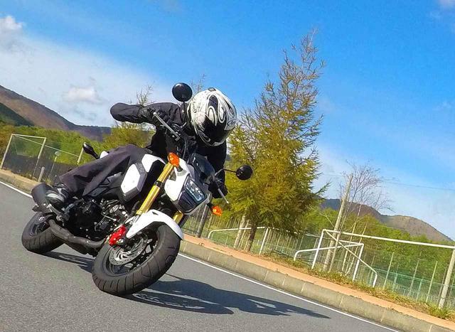 画像: 125ccを完全にナメてた…グロムの走りって、CB125R以上かも?【ホンダオールすごろく/第17回 GROM】 - A Little Honda