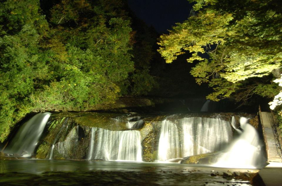 画像: 滑津大滝