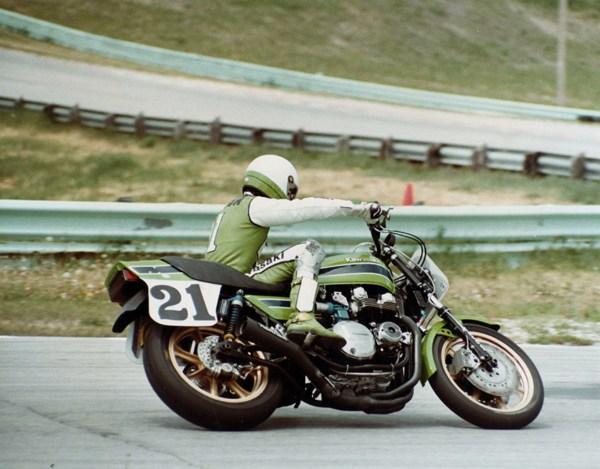 画像: AMA時代、カワサキワークスのエースとして活躍したE.ローソン。 www.motorcyclemuseum.org