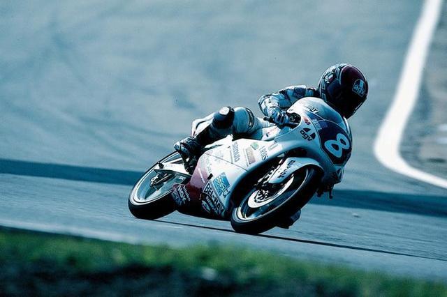 画像: 1992年、125ccクラスを走るD.ラウディス。 world.honda.com