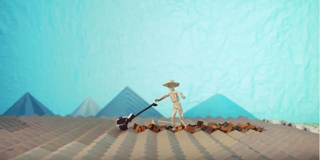 画像: HONDA公式YouTubeより/芝刈り機で農作業をする人 www.youtube.com