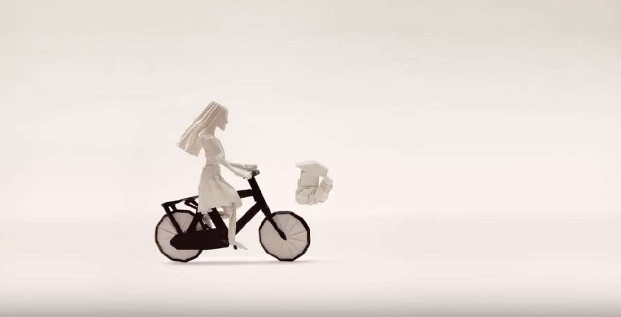 画像: HONDA公式YouTubeより/自転車とエンジン www.youtube.com