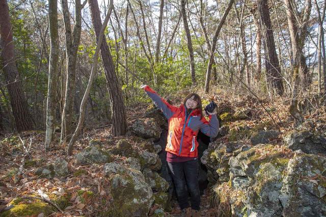 画像10: 船津胎内樹型(洞窟)へ到着いたしました