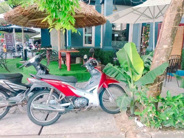 画像: このバイクなーんだ? 【ベトナムの街中で出会ったホンダバイク-1】 - A Little Honda