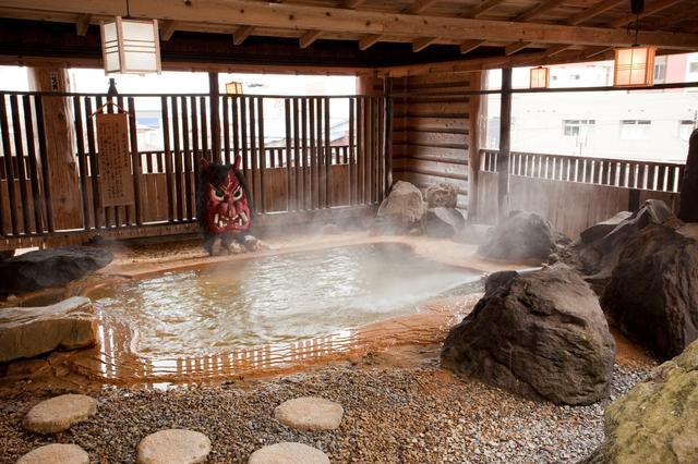 画像: 秋田ファン・ドッと・コムより 男鹿温泉郷 www.akitafan.com