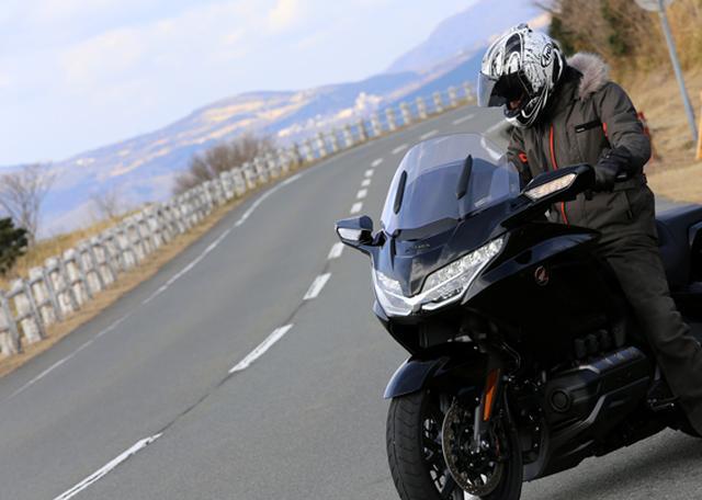 画像27: 250ccのバイクが7台分以上の排気量!? だけど、1秒で世界がひっくり返る。【ホンダオールすごろく/第24回 ゴールドウイング・DCT】