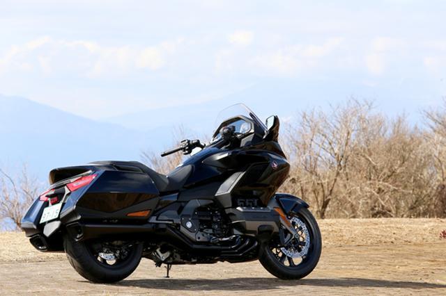 画像24: 250ccのバイクが7台分以上の排気量!? だけど、1秒で世界がひっくり返る。【ホンダオールすごろく/第24回 ゴールドウイング・DCT】