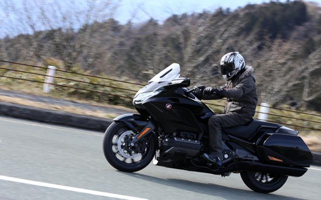 画像26: 250ccのバイクが7台分以上の排気量!? だけど、1秒で世界がひっくり返る。【ホンダオールすごろく/第24回 ゴールドウイング・DCT】