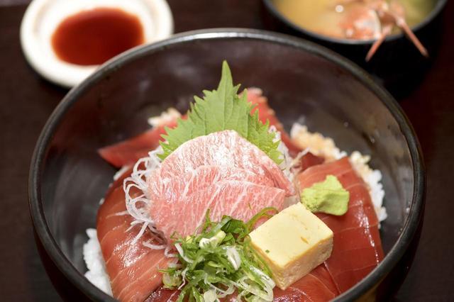 画像2: 今回のスタート地点は三崎「魚市場食堂」です!