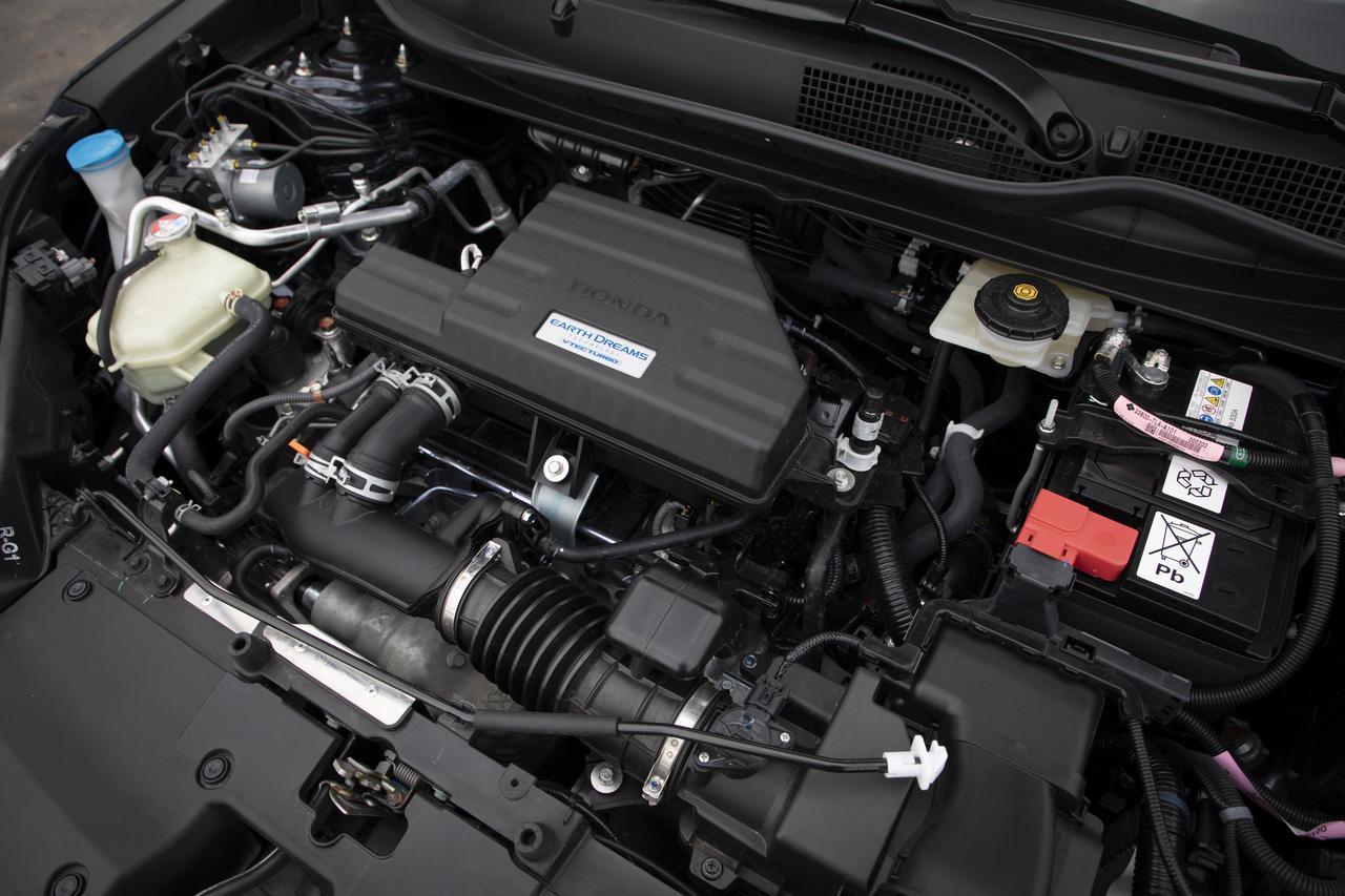 画像: 自然吸気の2.4Lエンジンに匹敵するドライバビリティが自慢の、CR-V搭載1.5Lターボエンジン。