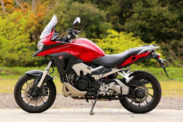 画像2: VFR800Xは謎バイク?