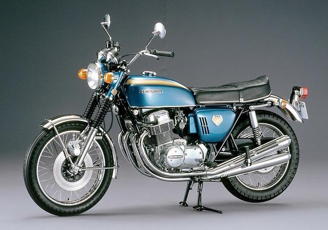 画像: バイクの量産車として初めてディスクブレーキを搭載した1969年のDREAM CB750FOUR